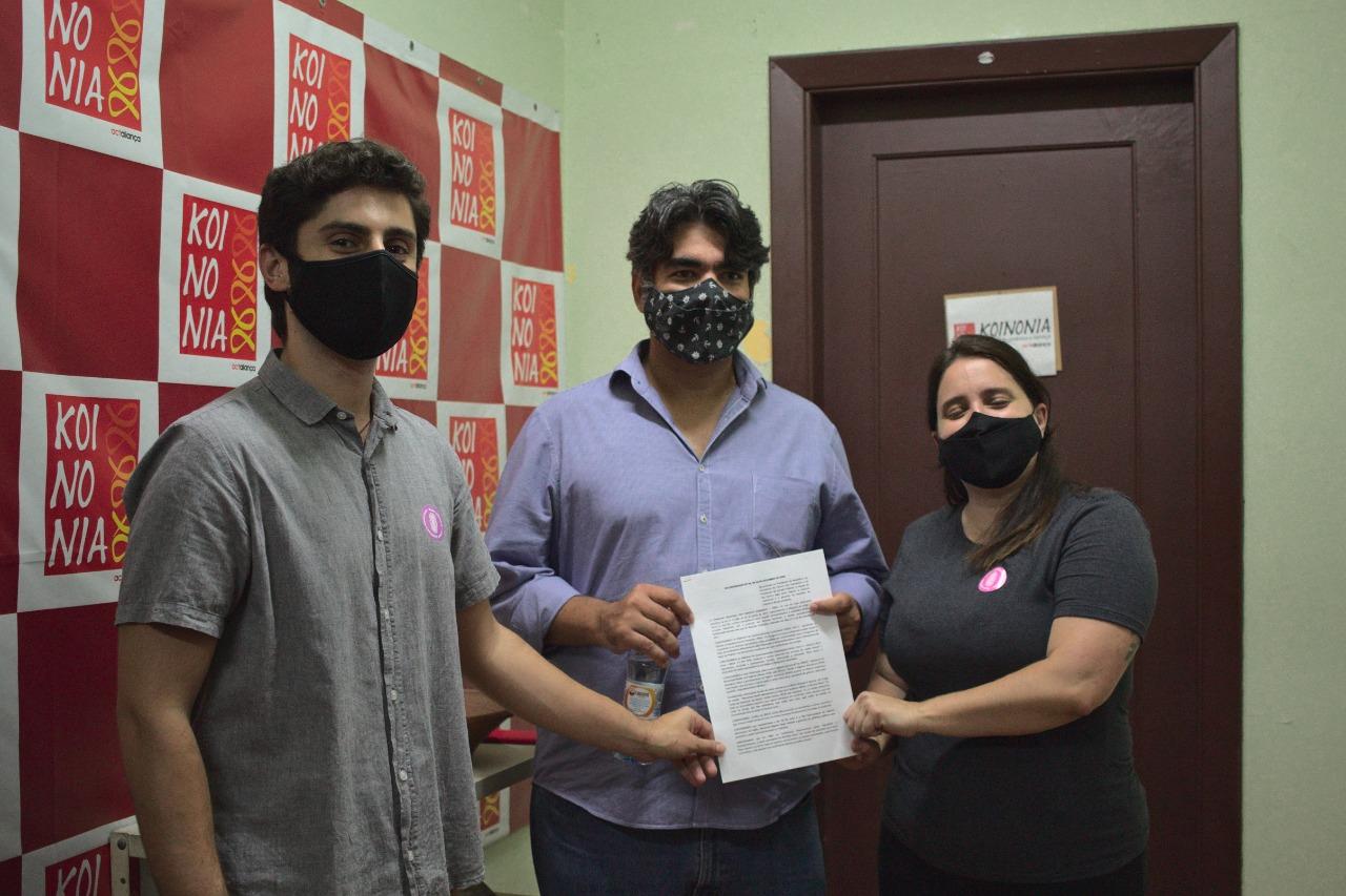 Fluxo solidário e KOINONIA entregam recomendação ao CNDH sobre a pobreza menstrual